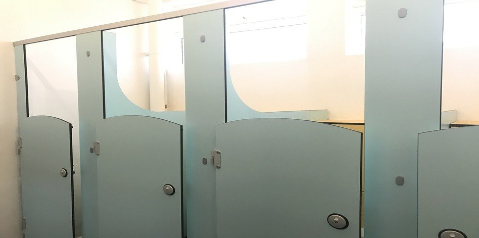 Washroom Cubicle Installers - South London - Balham 4