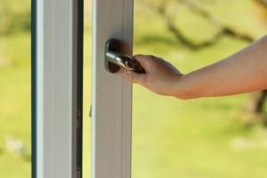 How To Choose bifold patio doors and Patio doors Hardware