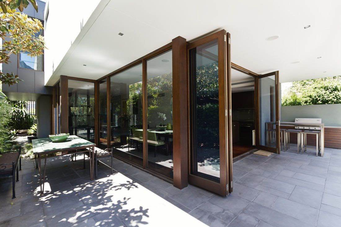 How To Choose The Best BiFold Doors & Patio doors Hardware