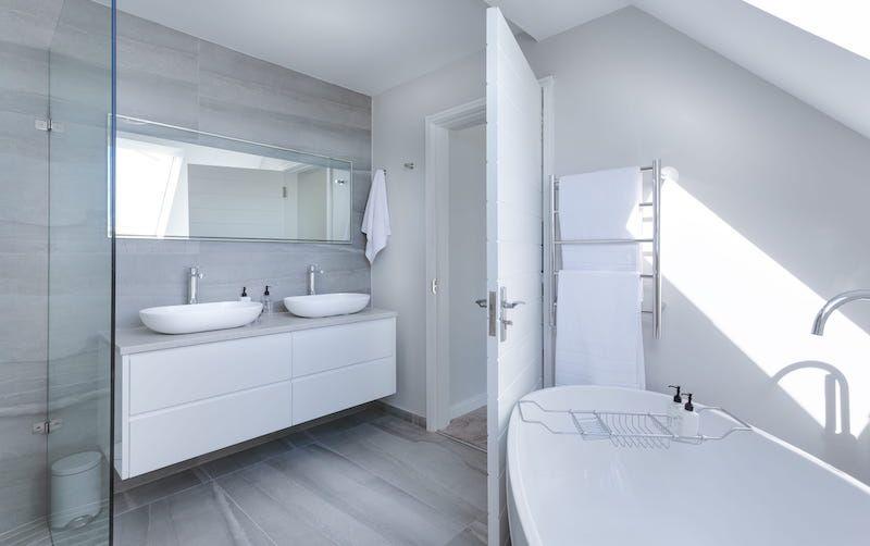 House Bathroom Renovation Contractor